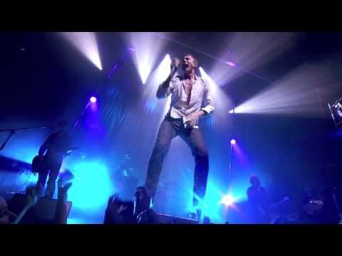 SUEDE - FILMSTAR - (LIVE IN PARIS 2013)