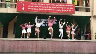 Video Trường Nhà Người Ta Nhảy Bboom Bboom  Momoland Roly Poly T ara mà ghen tị quá !!! MP3, 3GP, MP4, WEBM, AVI, FLV Juli 2018