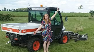 9. Wife Tries To Drive Bobcat 5600 Live