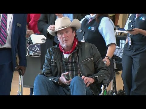 Michael Madsen Looks Very Sick, Gets Wheelchair Service At LAX Airport