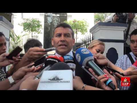 Presentan denuncia contra Jimmy Papadimitriu