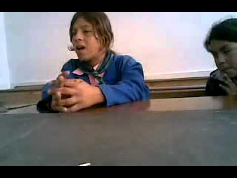صوت طفلة عراقية روعه