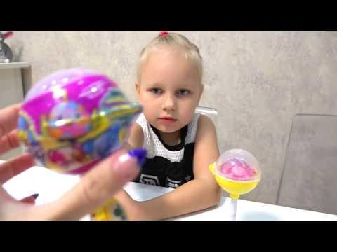 Алиса открывает ПИКМИ ПОПС !!! Мягкие игрушки в ШАРИКАХ на палочке!!! (видео)