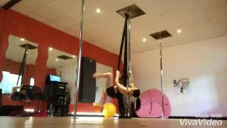 Pole Silks - V/split