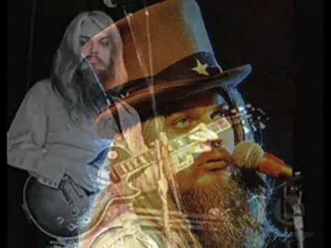 Tekst piosenki Leon Russell - Out in the Woods po polsku