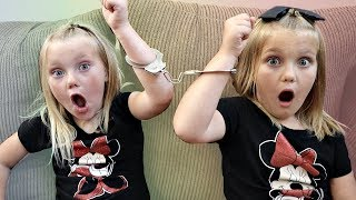 Video Handcuffed to My Twin For 24 Hours! MP3, 3GP, MP4, WEBM, AVI, FLV September 2018