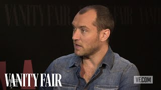 Nonton Jude Law On    Dom Hemingway    At Tiff 2013   Vanity Fair Film Subtitle Indonesia Streaming Movie Download