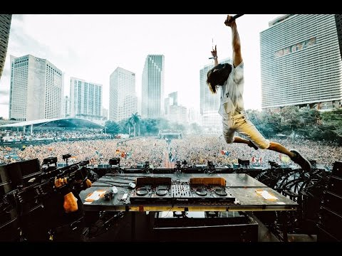 Steve Aoki - Ultra Music Festival Miami 2017 [Live...