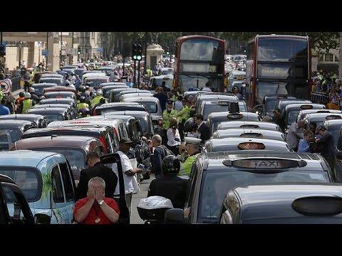 Βρετανία: Νόμιμη η εφαμοργή Uber, έκρινε το Ανώτατο Δικαστήριο