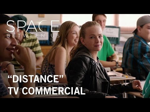 The Space Between Us (TV Spot 'Distance')