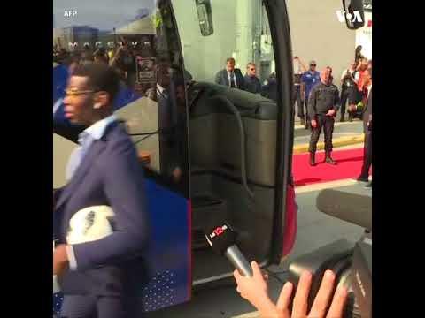 NО СОММЕNТ - Ֆրանսիայի ֆուտբոլի ազգային հավաքականին հայրենիքում դիմավորել են աննախադեպ ցնծությամբ - DomaVideo.Ru