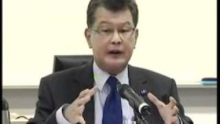 2010 - Lee Kuan Yew School Of Public Policy - Thailand's Democracy Retreating Or Moving Forward?