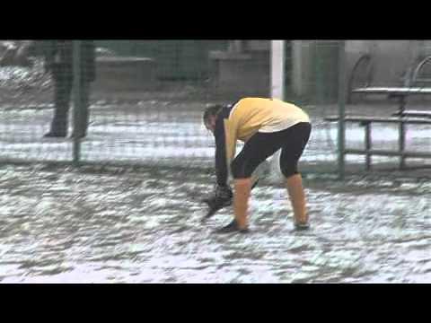 Fotbalový zápas ženatých proti svobodným v Sudicích