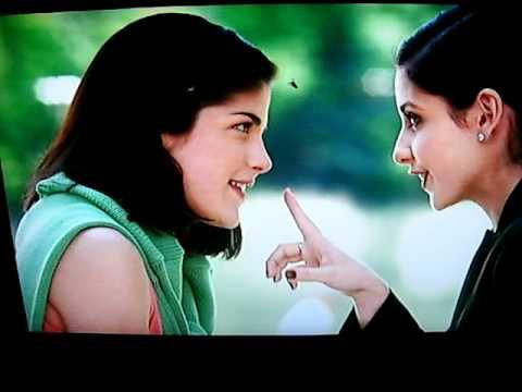 Sarah Michelle Gellar & Selma Blair Kiss Cruel Intentions