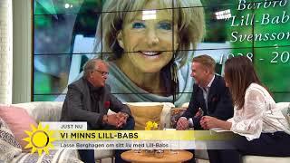 Video Här läser Lasse Berghagen kärleksdikten till Lill-Babs – rör Tilde till tårar - Nyhetsmorgon (TV4) MP3, 3GP, MP4, WEBM, AVI, FLV Juli 2018