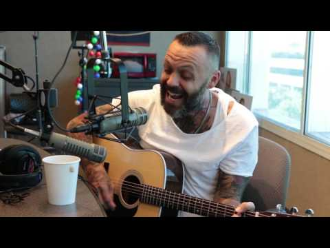 Video Justin Furstenfeld of Blue October Performs In Studio download in MP3, 3GP, MP4, WEBM, AVI, FLV January 2017