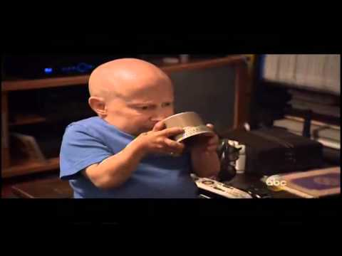 Verne Troyer lets his celebrity Wife Swap know what he thinks about the changes she made to his room