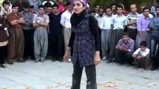 تئاتر خیابانی دفاع از هویت زن