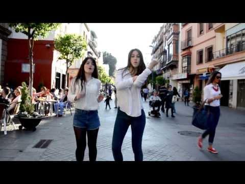 Sevilla - Video realizado por estudiantes residentes en la Residencia Universitaria Armendariz. http://www.24hoursofhappiness.com/ #HappySevilla #HAPPYDAY Dinero Inver...