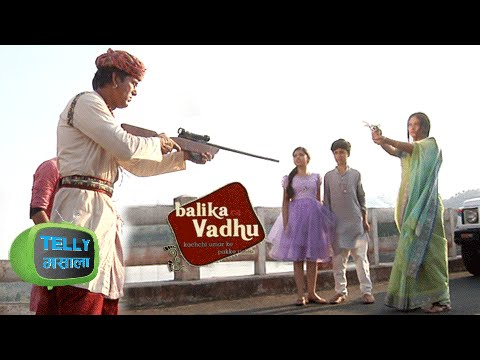 Video Watch: Akhiraj Kills Anandi & She Dies | Balika Vadhu | Colors download in MP3, 3GP, MP4, WEBM, AVI, FLV January 2017