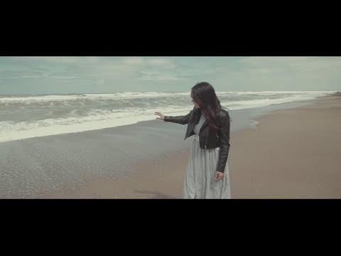 Videos musicales - Angela Leiva - Canción a mi madre - Video Oficial