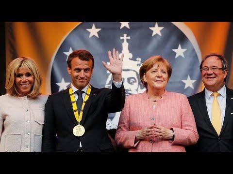 Τιμήθηκε με το «Βραβείο Καρλομάγνος» ο Εμανουέλ Μακρόν