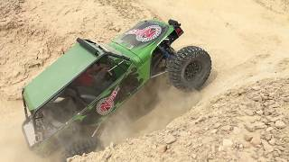 The Nitro Gear and Axle buggy looks wicked cool throwing the dirt in Slow motion!