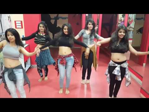Video Belly Dance Performance by 5 Indian girls It's just Amazing aLL😍 download in MP3, 3GP, MP4, WEBM, AVI, FLV January 2017