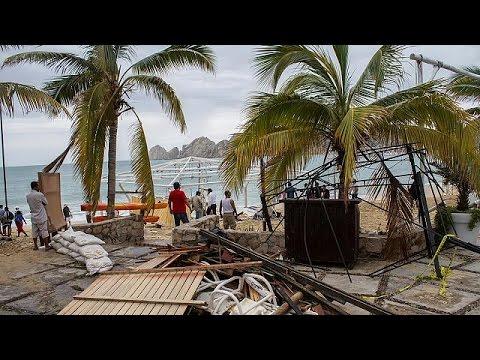 Νεκροί και αγνοούμενοι από τον τυφώνα Νιούτον στο Μεξικό