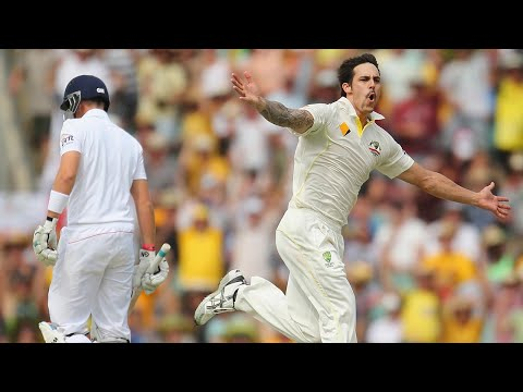 johnson - Every Englishman's worst nightmare: 2 minutes and 40 seconds of Mitch Johnson dishing up some chin music.
