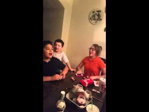 Gleeky KIM (видео)