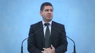 Marius Livanu – Mărturisirea păcatelor.