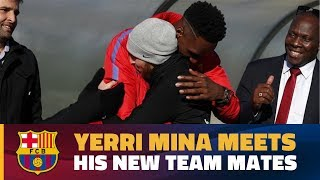 Video Yerry Mina greets his fellow Barça players for the first time MP3, 3GP, MP4, WEBM, AVI, FLV Januari 2018