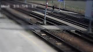 Potrącenie kobiety na stacji w Czechach