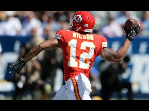 FREE AGENCY SIGNING ALERT! #Dolphins agree to terms with WR Albert Wilson