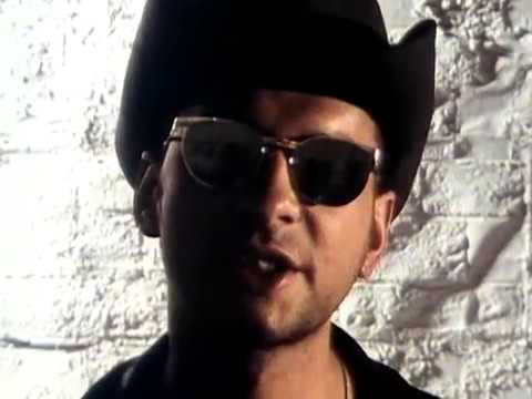 Depeche mode - 2006 WMG Personal Jesus (Remastered Video)