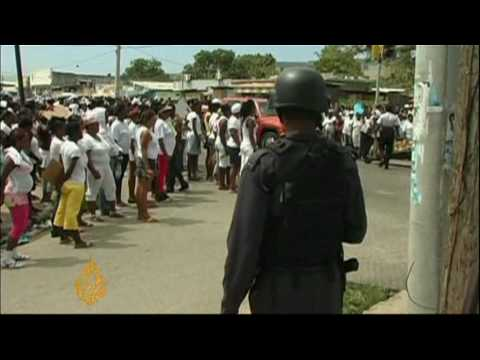 Fighting rages in Jamaica