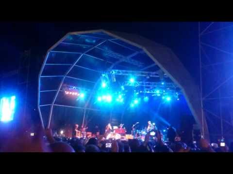 The Waterboys | The Whole of the Moon | Vilar de Mouros | 27Ago16 (видео)