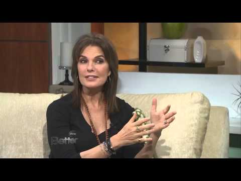 Sela Ward - Sela Ward tells JD and Rebecca she is such a big Alabama U Football fan.