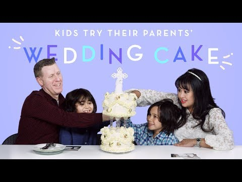 Kids Try Their Parents' Wedding Cake | Kids Try | HiHo Kids