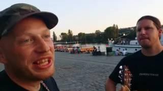 Video Hradní svícen - O stromu (živě z náplavky 2.6.2017)