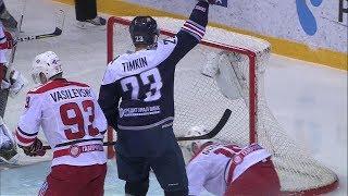 Денисов отдает Тимкину на пустой угол