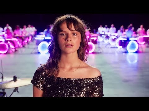 Gabrielle Aplin - Sweet Nothing (Official Video)