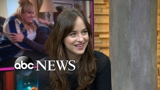 Dakota Johnson on Working With 'Ridiculous' Rebel Wilson in 'How to Be Single'