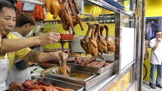 Video Hong Kong Street Food. The Roasted Bird Dipped in Sauce MP3, 3GP, MP4, WEBM, AVI, FLV April 2019