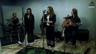 Žalvarinis-Už stalo sėdau (live at Lietus radio) April,2013 http://www.zalvarinis.lt https://www.facebook.com/ZalvarinisBand.