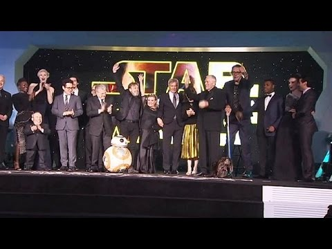 Star Wars: Η Δύναμη Σαρώνει και Σπάει τα Ρεκόρ Εισπράξεων! – economy