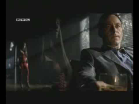 "Jason Isaacs in ""Elecktra"""
