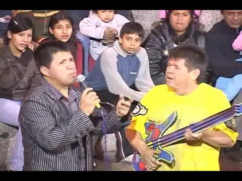 Los Comicos de la Tele   El gringo Rockstar 2