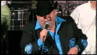 video y letra de prohibido por El Coyote y su Banda